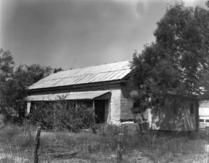 Primary view of object titled '[Historic Property, Photograph THC_02-0249]'.