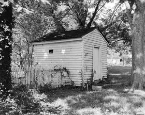 Primary view of object titled '[Historic Property, Photograph THC_04-0952]'.