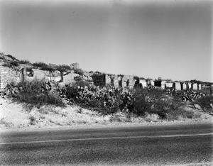 Primary view of object titled '[Historic Property, Photograph THC_04-0412]'.