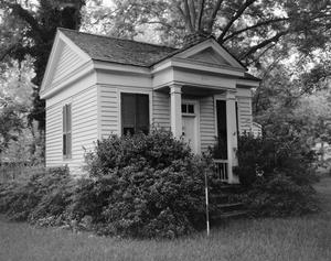 Primary view of object titled '[Historic Property, Photograph THC_04-0944]'.