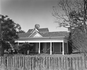Primary view of object titled '[McCollum House, (West)]'.