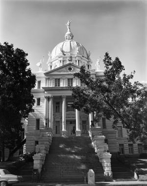 Primary view of object titled '[McLennan County Courthouse, (Front)]'.