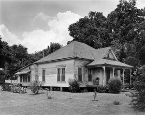 Primary view of object titled '[Southern-Davidson-Graves House]'.