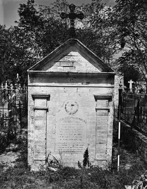 Primary view of object titled '[Roma Cemetery, (Tombs)]'.