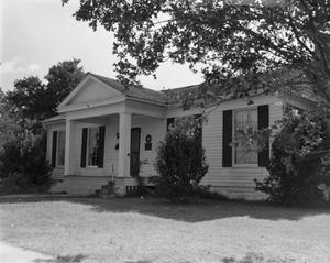 Primary view of object titled '[L.P. Smith Home]'.
