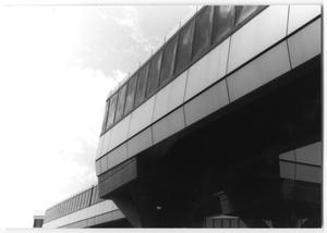 Primary view of object titled '[Exterior of Dallas Love Field Airport]'.