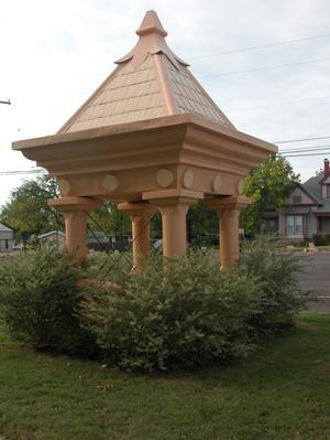 Primary view of object titled 'Gazebo on grounds of the Red River County Courthouse, Clarksville'.