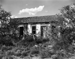 Primary view of object titled '[Historic Property, Photograph THC_02-0262]'.