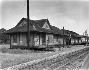 Primary view of object titled '[Southern Pacific Railroad Station]'.