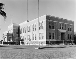 Primary view of object titled '[Refugio County Courthouse]'.
