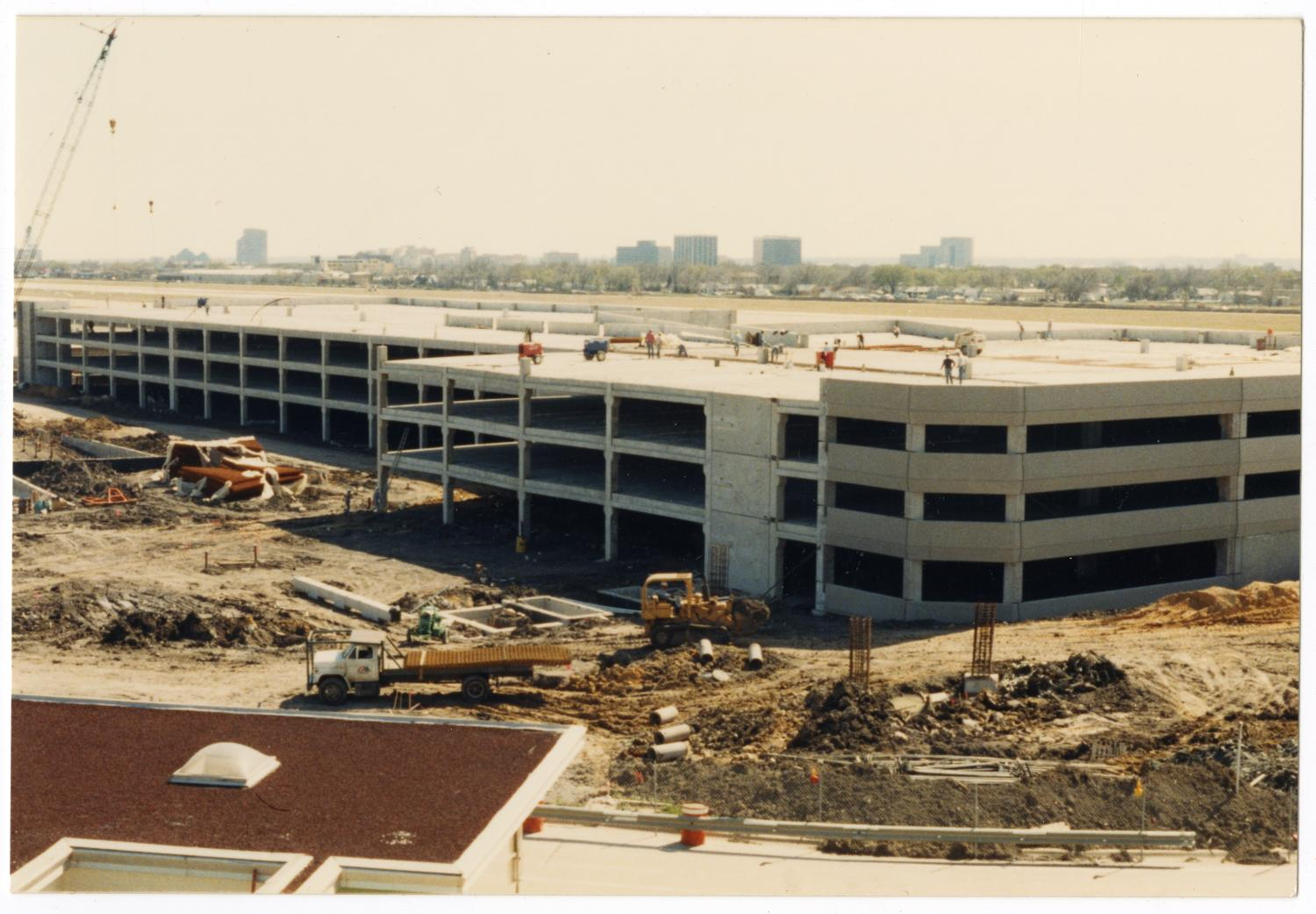 [Dallas Love Field Airport : Construction Site]                                                                                                      [Sequence #]: 1 of 2