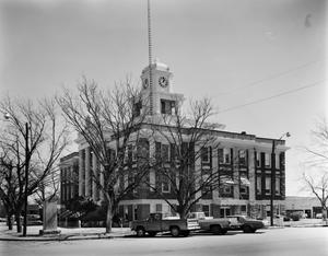 Primary view of object titled '[San Saba County Courthouse]'.