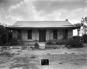 Primary view of object titled '[Historic Property, Photograph THC_02-0319]'.