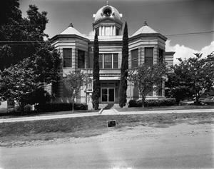 Primary view of object titled '[Kinney County Courthouse]'.