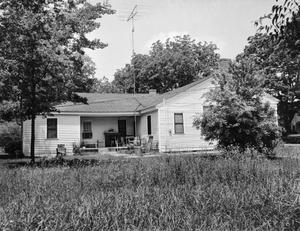 Primary view of object titled '[Pet Sharp House]'.