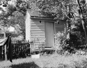 Primary view of object titled '[Historic Property, Photograph THC_04-0948]'.
