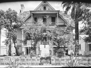 Primary view of object titled '[Historic Property, Photograph THC_09-1444]'.