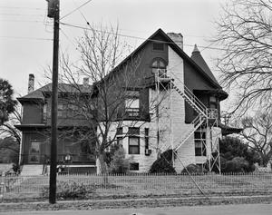 Primary view of object titled '[Historic Property, Photograph THC_10-0448]'.