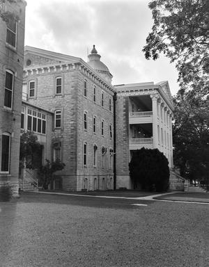 Primary view of object titled '[Austin State Hospital Administration Building]'.
