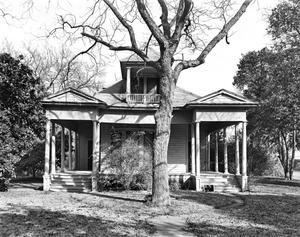 Primary view of object titled '[Historic Property, Photograph THC_07-0819]'.