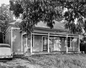 Primary view of object titled '[Historic Property, Photograph THC_06-0639]'.