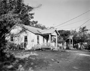 Primary view of object titled '[Historic Property, Photograph THC_06-0471]'.