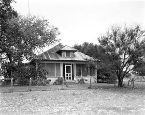 Primary view of object titled '[Fred Wrenhudt Residence]'.