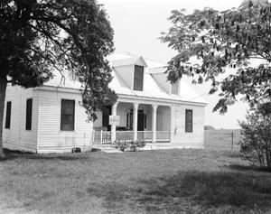 Primary view of object titled '[Schramm House, (South oblique)]'.