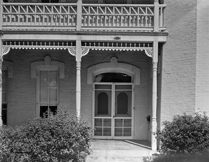 Primary view of object titled '[Raymond-Morley House, (East (front) entrance close-up)]'.