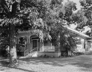 Primary view of object titled '[Historic Property, Photograph THC_07-0198]'.
