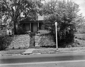 Primary view of object titled '[Historic Property, Photograph THC_06-0280]'.