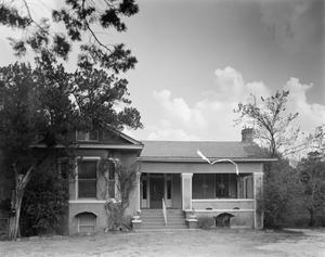 Primary view of object titled '[Historic Property, Photograph THC_15-1299]'.