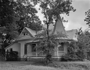 Primary view of object titled '[Historic Property, Photograph THC_16-0842]'.
