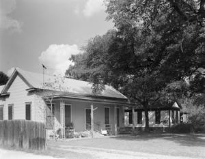 Primary view of object titled '[Historic Property, Photograph THC_15-1326]'.