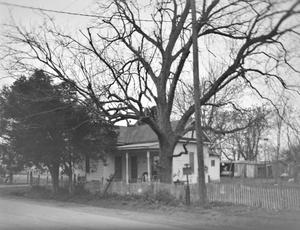Primary view of object titled '[Historic Property, Photograph THC_13-1587]'.