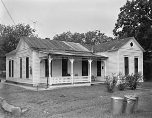 Primary view of object titled '[Historic Property, Photograph THC_12-0042]'.