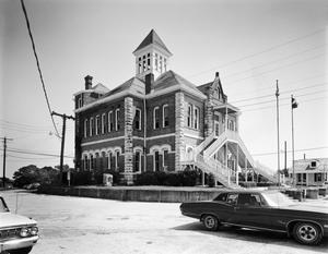 Primary view of object titled '[Grimes County Courthouse, (Southwest oblique)]'.