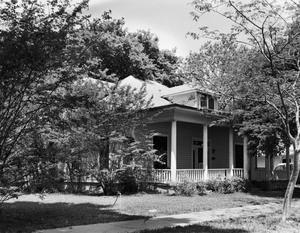 Primary view of object titled '[Historic Property, Photograph THC_17-0672]'.