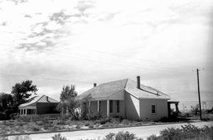 Primary view of object titled '[Fort Stockton Officers Quarters]'.