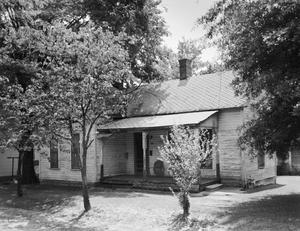Primary view of object titled '[Historic Property, Photograph THC_17-0666]'.