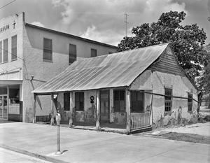 Primary view of object titled '[Klein House (Naeglins Bakery), (Southwest oblique)]'.
