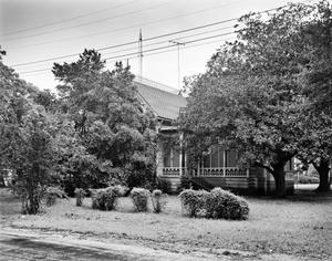 Primary view of object titled '[Historic Property, Photograph THC_11-1395]'.