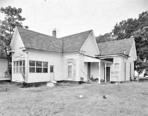 Primary view of object titled '[Historic Property, Photograph THC_13-0701]'.