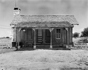 Primary view of object titled '[Historic Property, Photograph THC_17-0809]'.