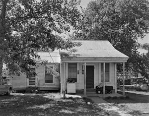 Primary view of object titled '[Historic Property, Photograph THC_17-0305h]'.