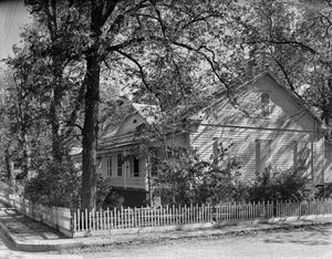 Primary view of object titled '[Historic Property, Photograph THC_12-0213]'.