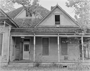 Primary view of object titled '[Historic Property, Photograph THC_13-0124]'.