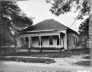 Primary view of object titled '[Wilburn-Tilton House, (Southeast oblique)]'.