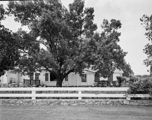 Primary view of object titled '[Lyndon B. Johnson Ranch House]'.