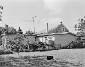 Primary view of object titled '[Schwartze House]'.
